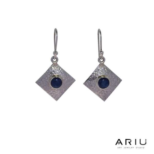 Ariu Collection - Balance Earrings