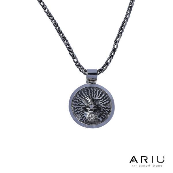 Ariu Collection - Inti Mask Pendant